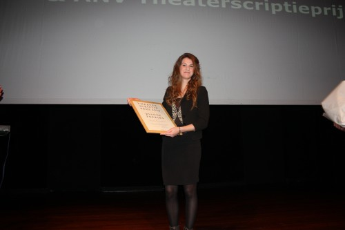 Rianne Freriks heeft de Theaterscriptieprijs gewonnen